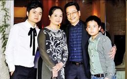 """Gia đình hạnh phúc vợ hiền con ngoan của NSND Hoàng Dũng - ông bố giàu có quyền lực trong """"Về nhà đi con"""""""