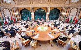 Sự kiện hiếm có giữa khu vực nóng bỏng: Quốc vương Ả rập Saudi hối hả tổ chức 3 hội nghị trong 2 ngày tại 1 địa điểm
