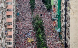 24h qua ảnh: Hàng triệu người đổ xuống phố biểu tình ở Hồng Kông