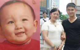 Bà mẹ nuôi con suốt 23 năm mới biết là nhầm người, con ruột xuất hiện hé lộ sự thật chấn động