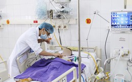Phẫu thuật xuyên đêm cứu ca bệnh 4 tuổi đứt phế quản