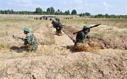 """Chiến trường K: Lính tình nguyện VN tự chế """"giàn Kachiusa"""" - Lính Pol Pot sốc nặng trước hỏa lực kinh người"""