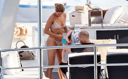 Bạn gái 'Người vận chuyển' khoe dáng đẹp như tạc tượng với bikini