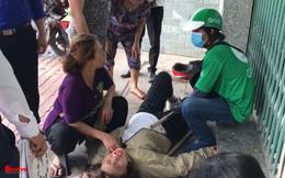 2 nữ sinh bị ngã, nằm rên đau đớn giữa đường chỉ vì một câu nói của thanh niên lạ mặt