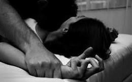 Thiếu nữ 16 tuổi đang nằm ngủ tại nhà bị thanh niên 19 tuổi xông vào khống chế, hiếp dâm
