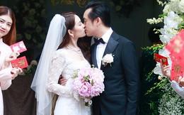 Đám cưới Dương Khắc Linh - Sara Lưu: Cô dâu chú rể hôn nhau say đắm, vui vẻ đùa giỡn kiểu Hàn Quốc như chốn không người