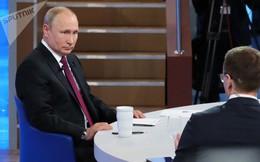 """Tổng thống Putin trả lời câu hỏi: Nếu """"hòa giải với tất cả"""", nước Nga sẽ nhận được điều gì?"""