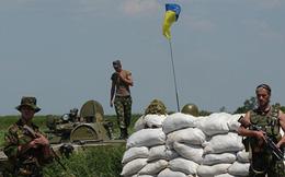 """3 lính Ukraine ở Donbass bị chỉ huy bắn trọng thương: Triệt tiêu nhau vì... con """"ma men""""?"""