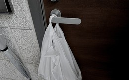 """Phát hiện túi đồ lót treo ở tay nắm cửa và sự thật về anh hàng xóm trọ cùng khu nhà khiến cô gái trẻ """"kinh hồn bạt vía"""""""