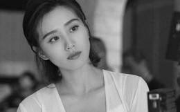 """Lưu Thi Thi tái xuất sau 2 tháng sinh con, không hổ danh """"gái một con trông mòn con mắt"""""""