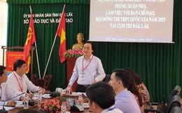 Bộ trưởng Phùng Xuân Nhạ yêu cầu kiểm tra từng quạt trần, góc tường trong phòng thi