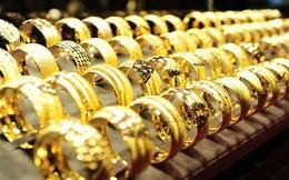 Giá vàng trong nước tiếp tục tăng phi mã, vừa mua khỏi tay, bán ra đã có lời