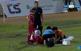 Video: Trọng tài nhanh trí cứu mạng nữ cầu thủ TP.HCM