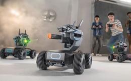 Chiêm ngưỡng cỗ xe tăng đồ chơi tích hợp những công nghệ hiện đại nhất thế giới
