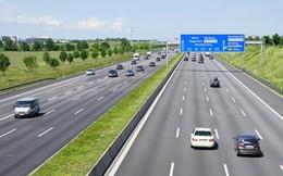 Nắng nóng ở Đức làm đường cao tốc chảy nhão, đường sắt cong vênh