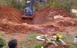 Người chồng khai quá trình ra tay giết vợ rồi đem xác cuốn vào chiếu phi tang xuống giếng