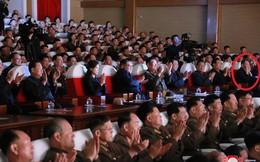 Bất ngờ xuất hiện bên cạnh ông Kim Jong Un, quan chức cấp cao Triều Tiên đập tan tin đồn bị thanh trừng