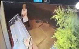 Truy bắt đối tượng xông vào tiệm vàng đập vỡ kính, cướp tài sản