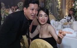 Nhã Phương mặc sexy, đeo trang sức cả tỷ đồng khi làm vợ Trường Giang
