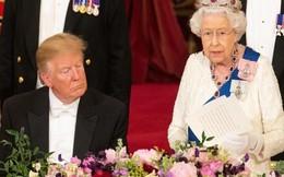 Tranh cãi chuyện ông Trump liệu có ngủ gật khi Nữ hoàng Elizabeth phát biểu 'nóng' mạng xã hội