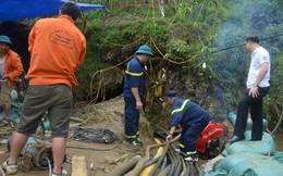 Người đàn ông 10 ngày mắc kẹt trong hang nước: Mỗi ngày có từ 130 đến 150 người giải cứu