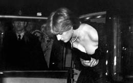 Lần đầu hé lộ những khoảnh khắc hiếm có của cố Công nương Diana, từ chiếc váy hở ngực táo bạo cho đến những câu chuyện ẩn chứa sau đó