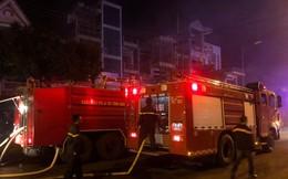 Hỏa hoạn ghé thăm lúc nửa đêm, 45 ki ốt của tiểu thương bị thiêu rụi