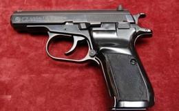 Chiến sĩ công an ở Cần Thơ trộm súng của cơ quan rao bán giá 20 triệu đồng trên mạng