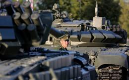 """Ông Putin vung tiền mua sắm vũ khí hiện đại: Ngành CNQP Nga """"nợ như chúa Chổm"""""""