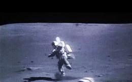 """Lý do không ngờ về những cú """"vồ ếch"""" của phi hành gia Apollo trên Mặt Trăng"""