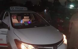 [Nóng] Bắt 2 đối tượng dùng hung khí cứa cổ tài xế taxi Vinasun