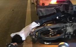 Tông vào xe tải nổ lốp dừng trên cầu Cần Thơ, nam thanh niên tử vong tại chỗ