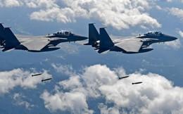 """[NÓNG] Không quân Hàn Quốc """"nổ súng đuổi"""" oanh tạc cơ Nga xâm phạm không phận"""