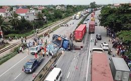 Khởi tố vụ án xe tải lật nghiêng đè chết 5 người ở Hải Dương