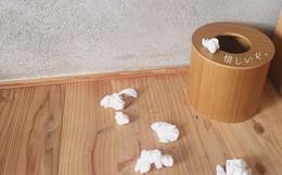 """Quá bực vì chồng liên tục vứt rác quanh nhà, vợ lập hẳn tài khoản """"tố cáo"""" và ngỡ ngàng nhìn số người follow"""