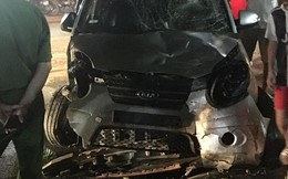 """Ô tô """"điên"""" tông liên hoàn nhiều xe máy ở Bắc Giang, 7 người bị thương"""