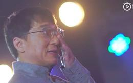 """Thành Long giả vờ làm người tốt và sự thật về """"ông vua từ thiện"""" của làng giải trí Hoa ngữ"""