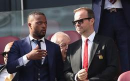 Evra tiết lộ màn chửi thề, đe dọa vị sếp quyền lực của Man United