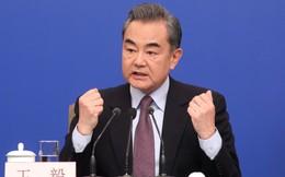 """Ngoại trưởng Vương Nghị cay cú phản ứng khi Trung Quốc bị Mỹ tố """"bắt nạt"""" ở biển Đông"""