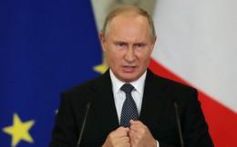 """TT Putin: 48 tỉ USD của Nga đọ với 700 tỉ USD của Mỹ, trông Nga có giống đang """"chạy đua"""" không?"""