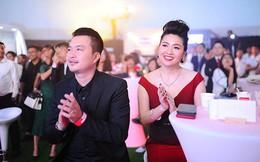 Diễn viên Lê Khánh được chồng hộ tống đi sự kiện sau 9 tháng sinh con đầu lòng