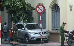 """Pha đỗ xe """"khôn lỏi"""" của tài xế và cái kết bẽ bàng, cầm giấy đi nộp phạt"""