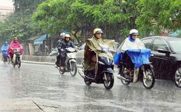Cách điều khiển xe máy an toàn trong trời mưa bão