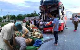 """Vụ xe khách chở đoàn du lịch gặp nạn: """"Nghe tiếng rầm, mở mắt dậy, tôi thấy người nằm la liệt"""""""