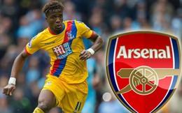 Lời đề nghị kỳ quặc và cơn khủng hoảng lớn đang bao vây Arsenal