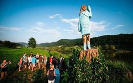 Bức tượng bà Melania Trump ở quê nhà bị chê xấu thậm tệ