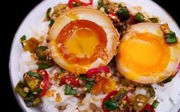 """Lạ kỳ món trứng gây nghiện đến mức có cái tên là trứng """"thuốc phiện"""" ở Hàn Quốc"""