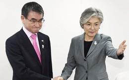 """Quan hệ Nhật-Hàn rơi vào bế tắc, Ngoại trưởng 2 nước """"lặng lẽ bắt tay"""""""