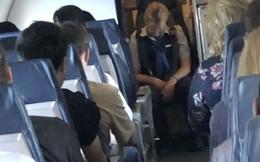 Nữ tiếp viên uống 2 ly rượu vodka rồi ngủ li bì trong suốt chuyến bay, hành khách phải thắt dây an toàn cho cô ta