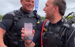iPhone X sống sót sau hai ngày tắm bùn dưới đáy hồ, lúc mang lên vẫn hiện cuộc gọi nhỡ